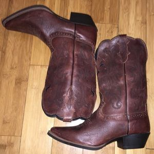 Men's Leather Justin Boots!